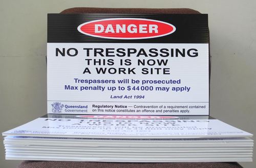 Safety Signs Danger No Trespassing Signs - Jack Flash Signs